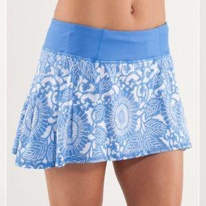 Lululemon Run in the Sun skirt sz 2 Beachy floral